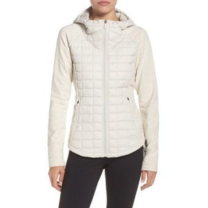 The North Face Quilted Endeavor Puffer Jacket - S